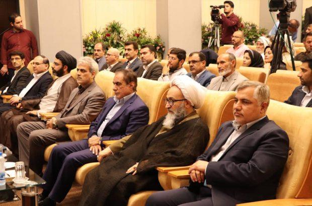 توزیع ۴۹ بسته کالای اساسی بین مددجویان سیلزده کمیته امداد خوزستان