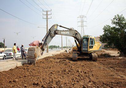 عملیات لوله گذاری و طرح ضربتی دفع آبهای سطحی توسط شهرداری منطقه ۲اهواز درحال اجراست